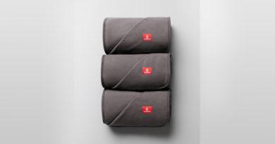 Emirates blankets
