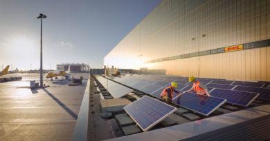 DHL Solar Panels