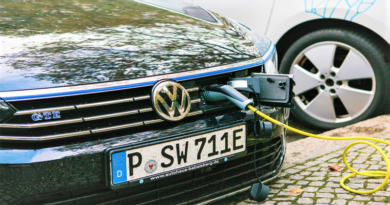 Volkswagen Electric Car Chargnig