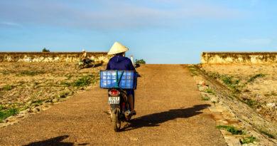 Cyclist Dau Tieng
