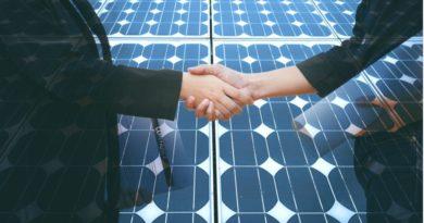 hand shake with solar