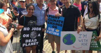 Richard Branson with Climate Change protesters