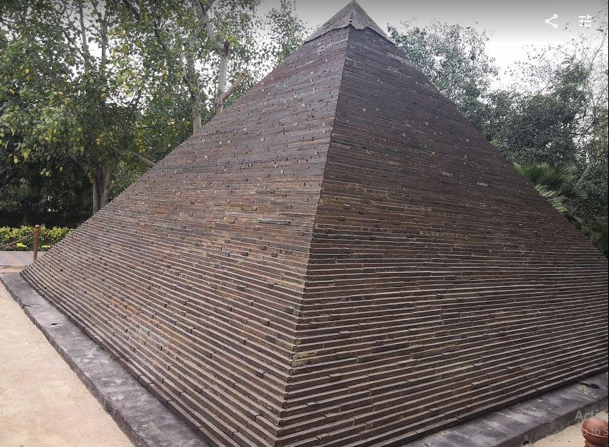 Pyramid of Giza (Cairo, Egypt)