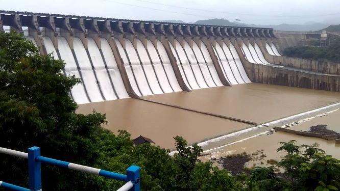 Sardar Sarovar Dam in Gujarat