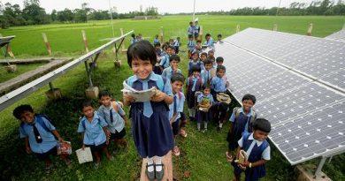 School children and solar Panel