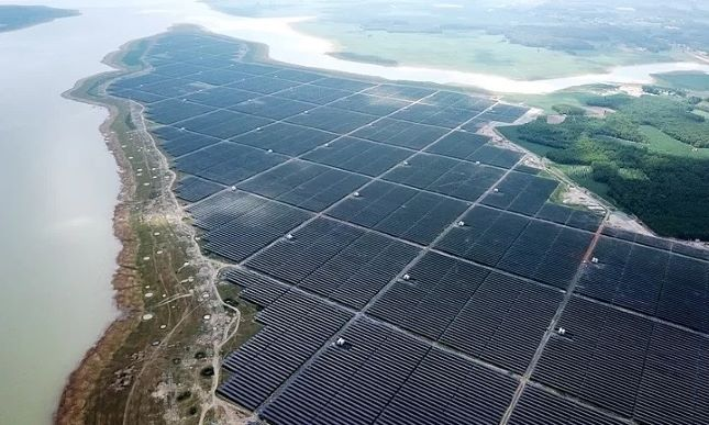 Vietnam Inaugurates South East Asia's Largest Solar Project on Dau Tieng Reservoir