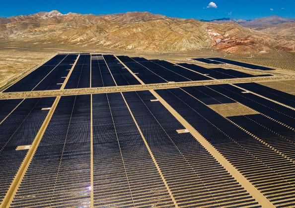 World's Largest Solar-Battery Plant to Come Up in LA