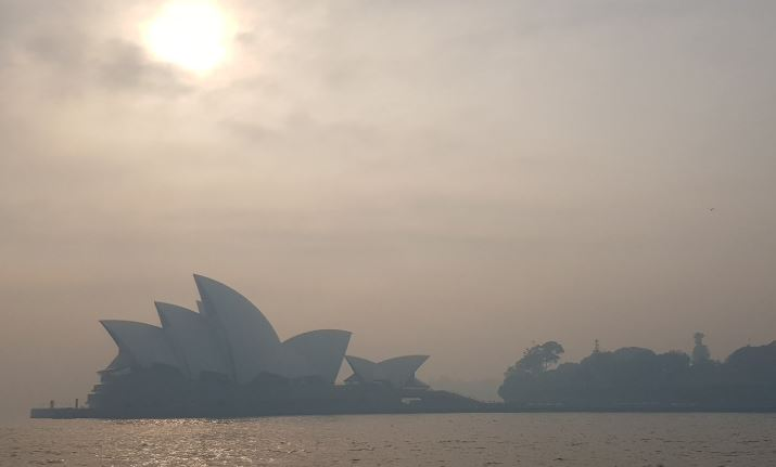 Opera House in smog