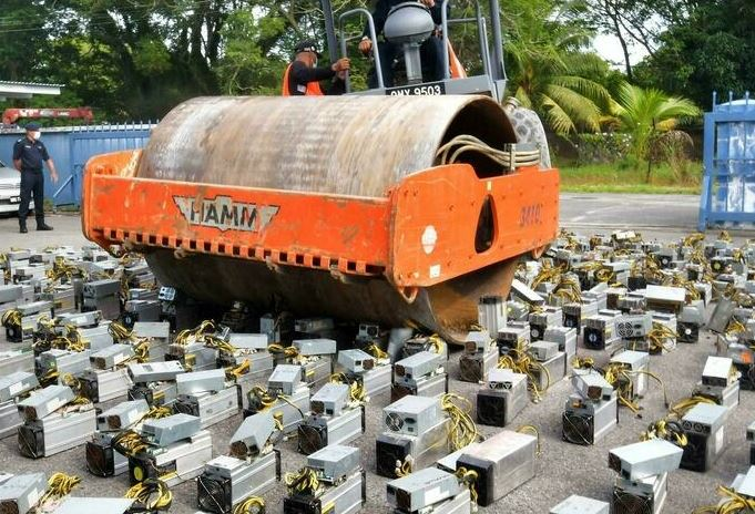Malaysia destroys mining rigs for crypto